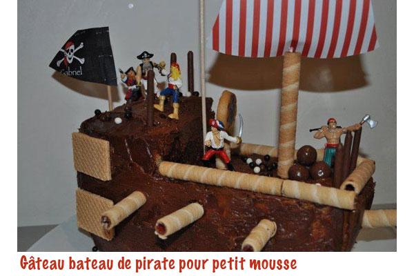 C'est qui qui fête son anniversaire aujourd'hui ?? - Page 5 Gateau-beateau-pirate